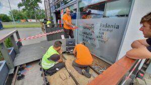 obrazek do wpisu Badanie drożności rur – prace na stacji paliw w Lubinie